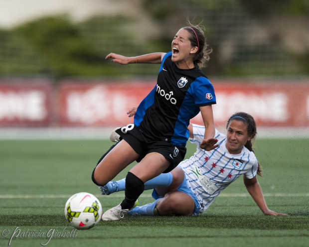 Danielle Colaprico (right)'s ability to in the ball in midfield makes the Red Stars tick. (Photo Copyright Patricia Giobetti for The Equalizer)