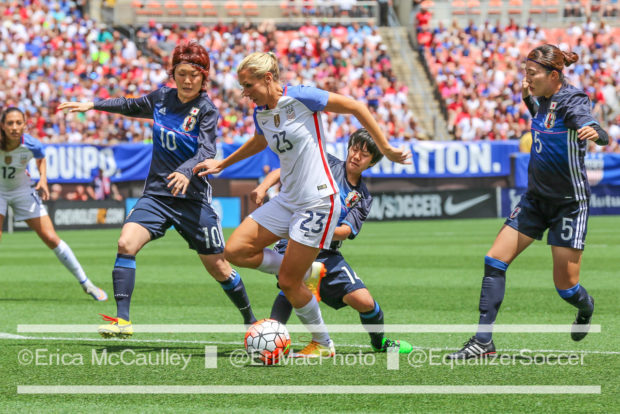 Allie Long's ability to possess in tight spaces has aided her transition to center back. (Photo Copyright Erica McCaulley for The Equalizer)