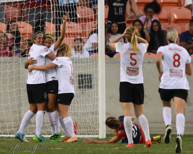A wide array of reactions to Lynn Williams's 124th minute equalizer that sent the final to penalties. The Spirit player on the ground is Alyssa Kleiner. (photo copyright Patricia Giobetti for The Equalizer)