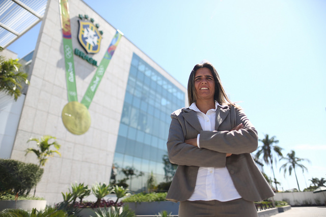 Emily Lima is the first female to take charge of the Brazil women's national team. (Photo: CBF Oficial/Flickr)