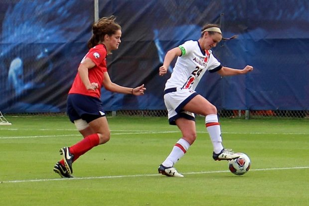 Casie Ramsier controls the ball against South Alabama in Auburn's 4-0 win in the NCAA tournament first round. (photo by Allison Lee for The Equalizer)