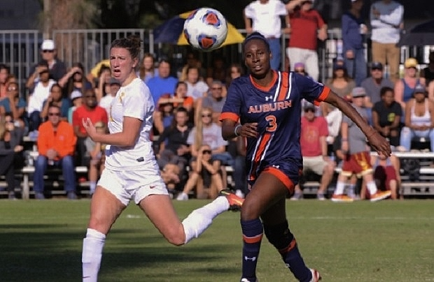 Kiana Clarke plays for Auburn in their 1-0 loss to USC in the NCAA tournament quarterfinals (photo courtesy of Auburn University)