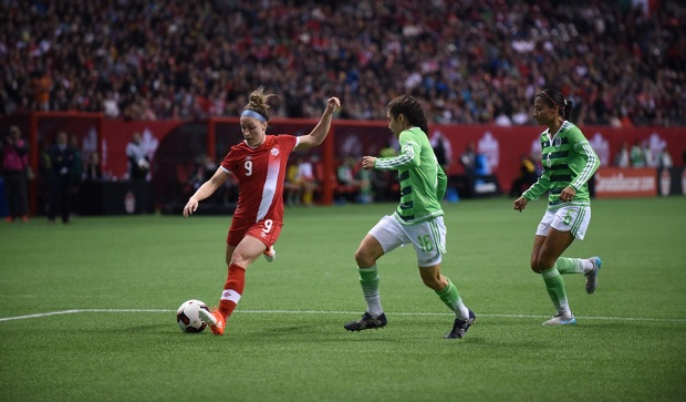 Canada's Josee Belanger defends against Mexico's Monica Flores and Nancy Antonio. (photo by Canada Soccer)