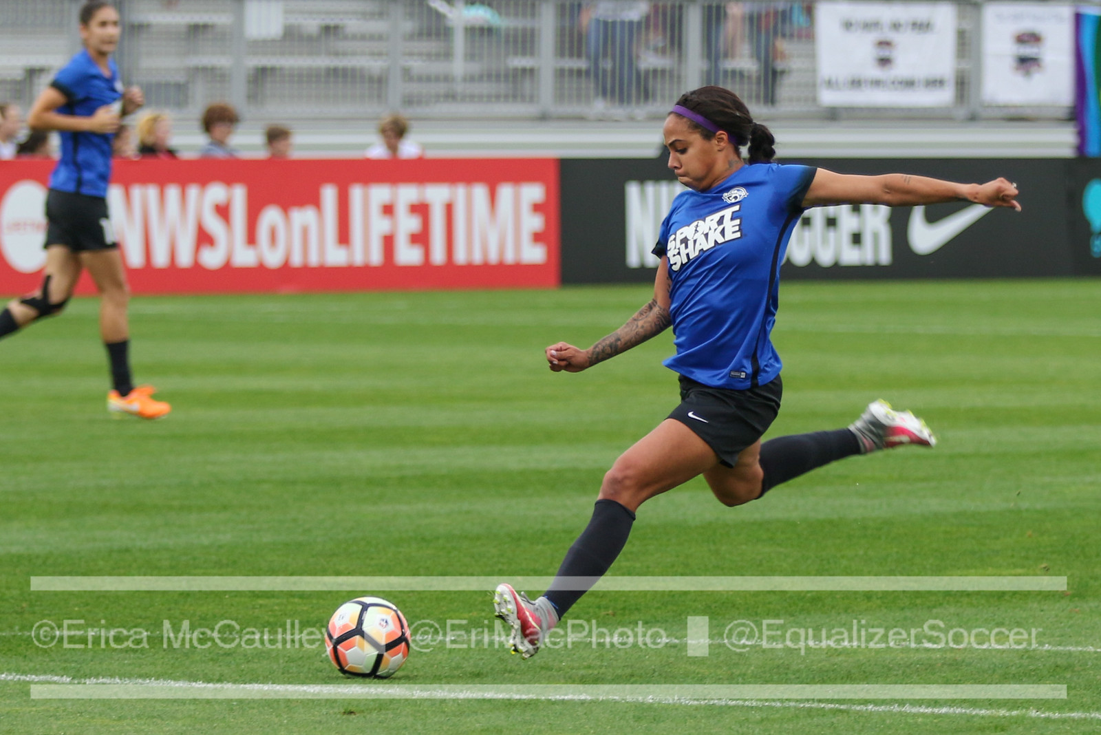 Sydney Leroux will play the Reign with whom she won the Shield in 2014 before losing to her current team in the NWSL Championship (photo copyright EriMac Photo for The Equalizer)
