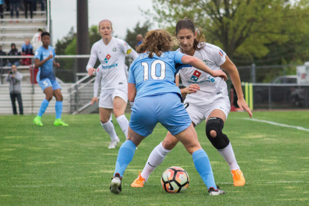 Daphne Corboz battles with Yael Averbuch (photo copyright Katie Cahalin for The Equalizer)