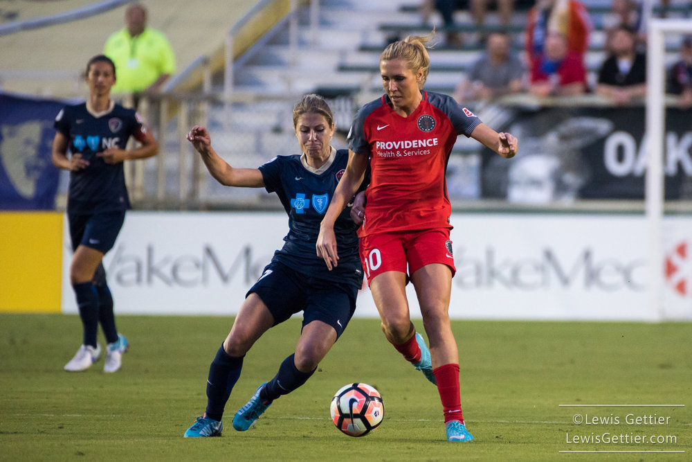 The North Carolina Courage once again face off against the Thorns, this time in Portland. (photo copyright Lewis Gettier)