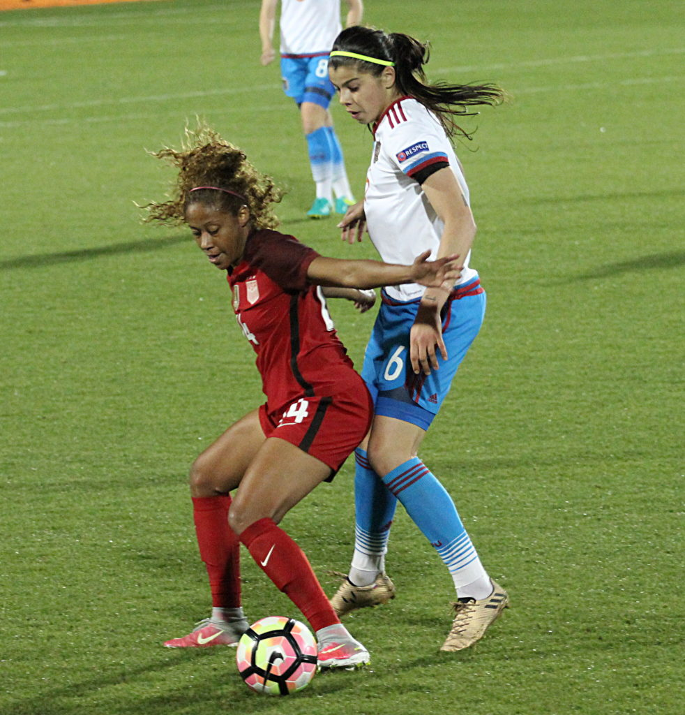 Casey Short vs Russia (photo by Chelsey Bush for The Equalizer)