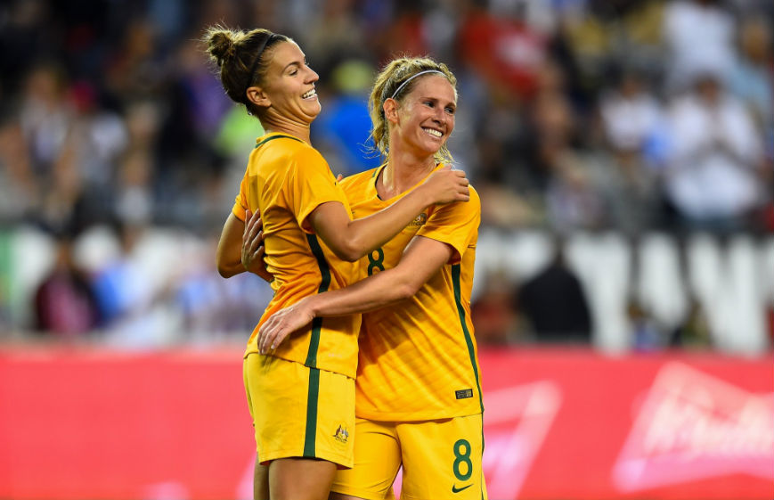 Friday Roundup: Catley undergoes minor knee surgery in preparation for World Cup